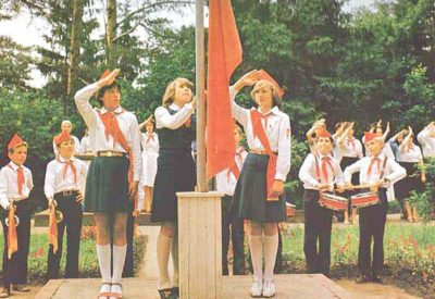 pionery-flag