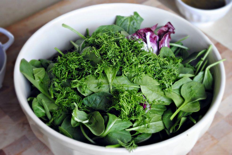 shpinat-salaty